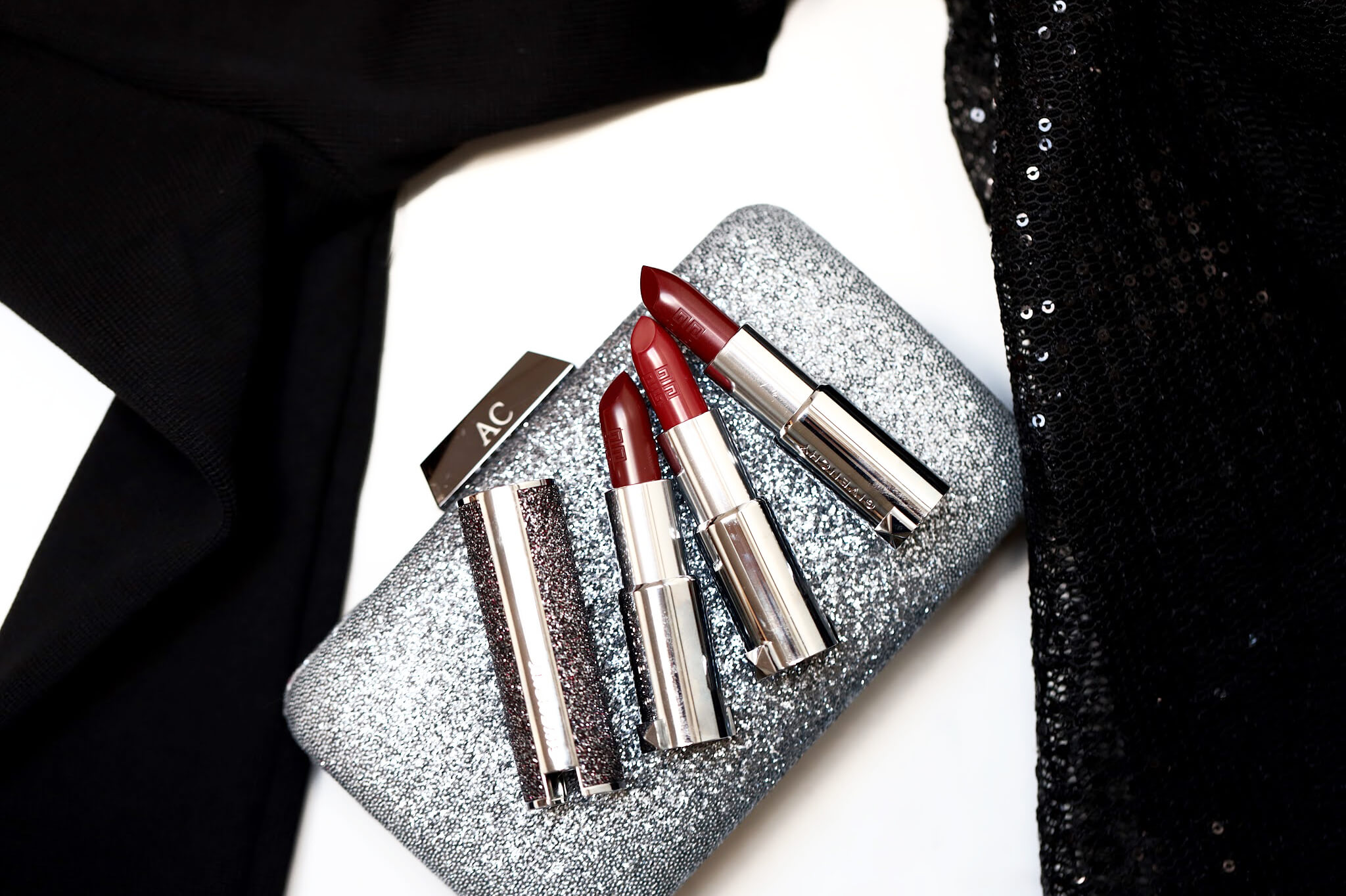 Givenchy Le Rouge 334 Grenat Volontaire 500 Enigmatic Red 37