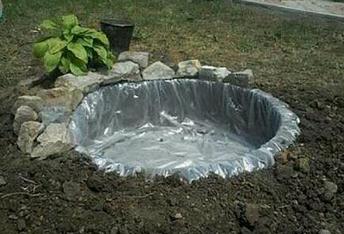 kolam ikan sederhana untuk mempercantik rumah hunian