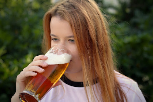 Beer Taster - Top 10 Coolest Jobs in the World that you'll wish you had