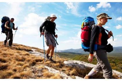 Hal Penting yang Wajib Kamu Lakukan Saat Mendaki Gunung