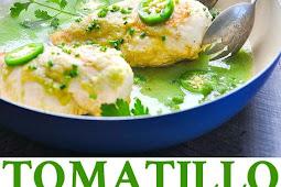 5-Ingredient Tomatillo Chicken