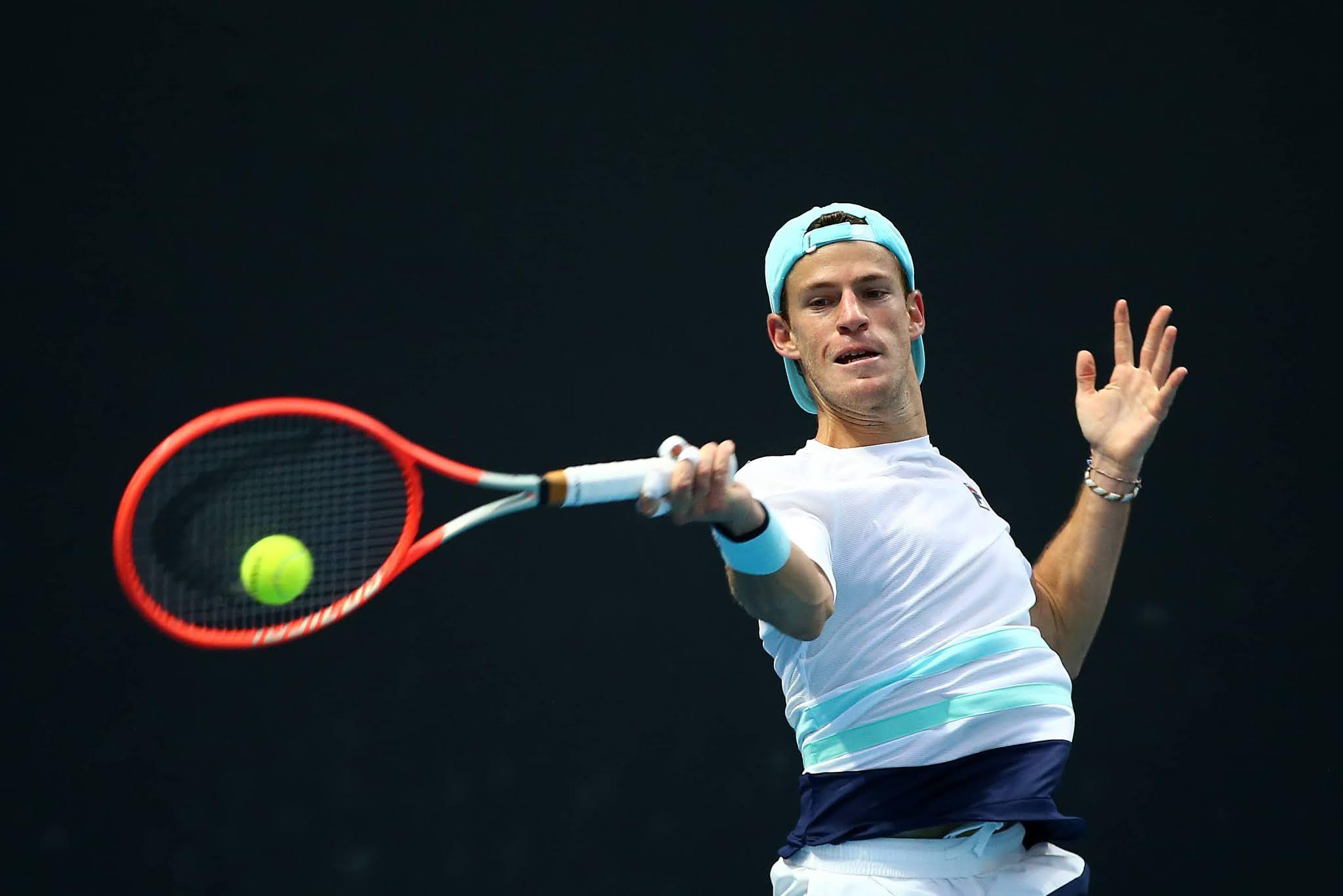 """El """"Peque"""" Schwartzman avanza a la tercera ronda en el Abierto de Australia"""