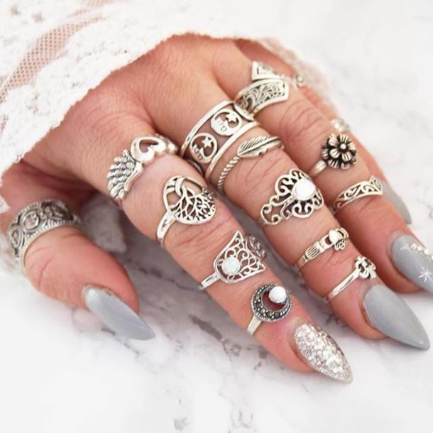 Bohemian Nail Art: Trend Alert
