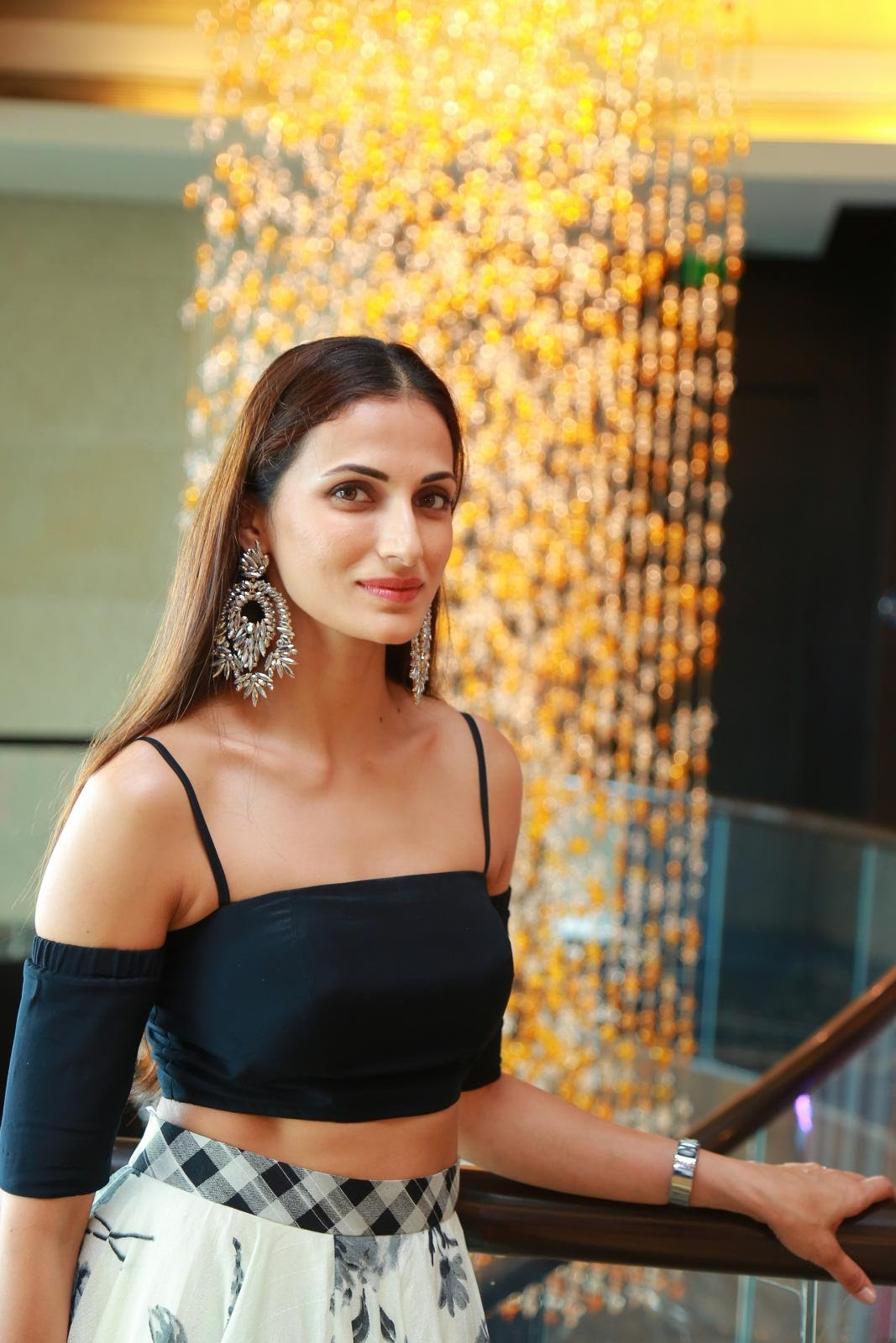 Shilpa Reddy Gorgeous Fashion Designer in Crop top and Skirt Sizzling Pics