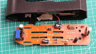 Rangkaian charger Senter LED Cree XML T6