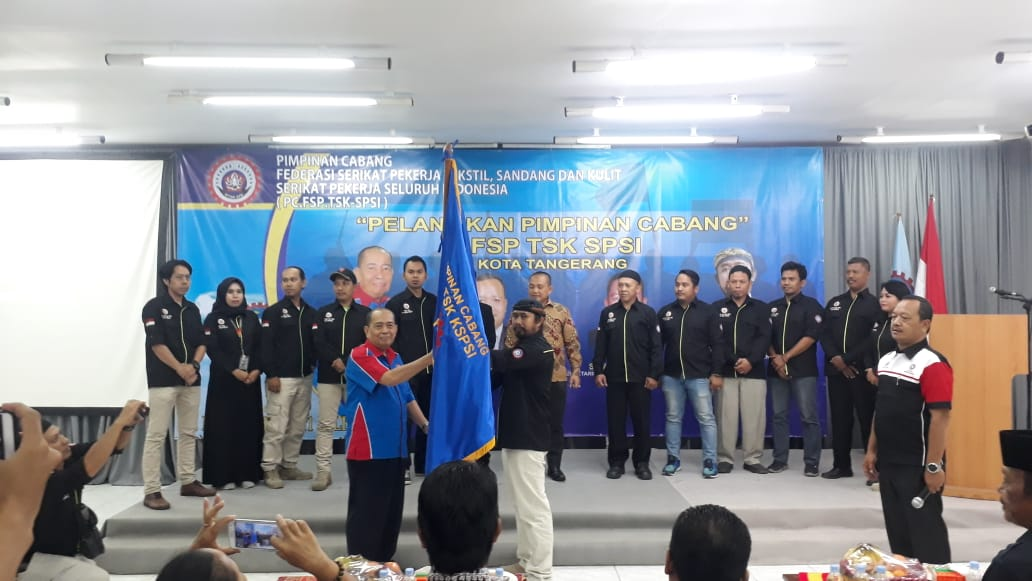 Hendy Purnomo Resmi Dilantik Menjadi Pimpinan Cabang TSK-SPSI Kota Tangerang