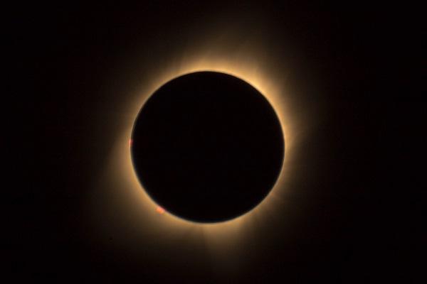 Полное солнечное затмение состоится 14 декабря 2020 года