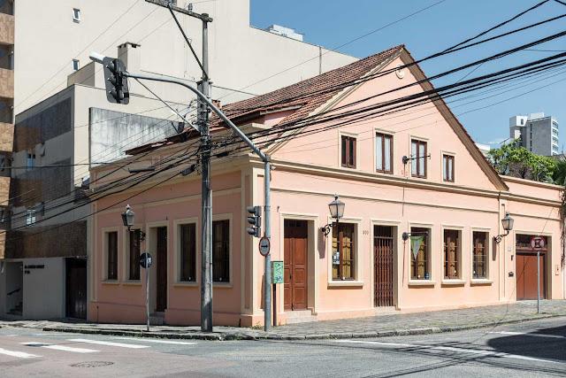 Casa na Presidente Carlos Cavalcanti 669