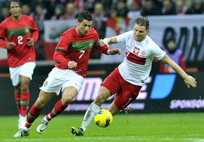 موعد توقيت مباراة البرتغال وبولندا يوم الخميس 30 يونيو 2016 والقنوات الناقلة للقاء كورة مع الترددات المجانية والمعلقين
