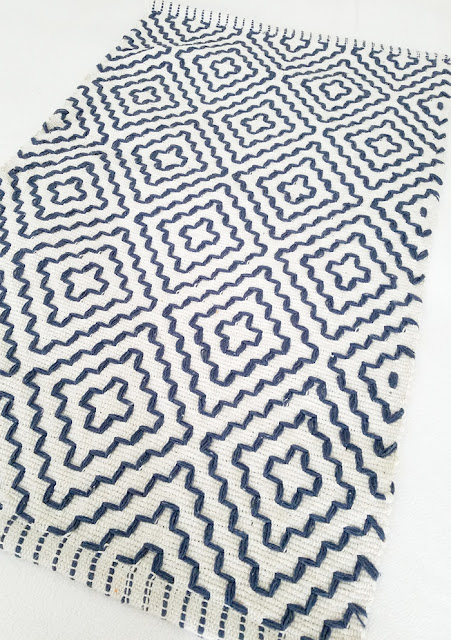 geometric design area rug from Tuesday Morning