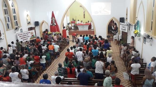 Confira como foi a segunda noite da Trezena de Santa Luzia a Padroeira de Macajuba