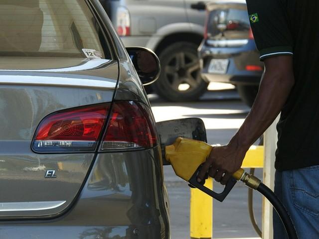 Gasolina e diesel aumentam mais uma vez