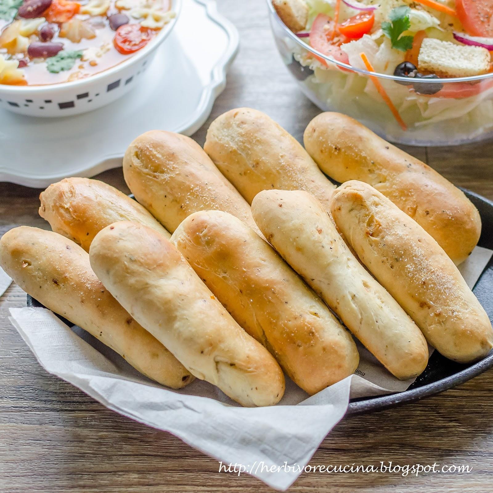 homemade olive garden garlic breadsticks - Olive Garden Breadsticks Recipe