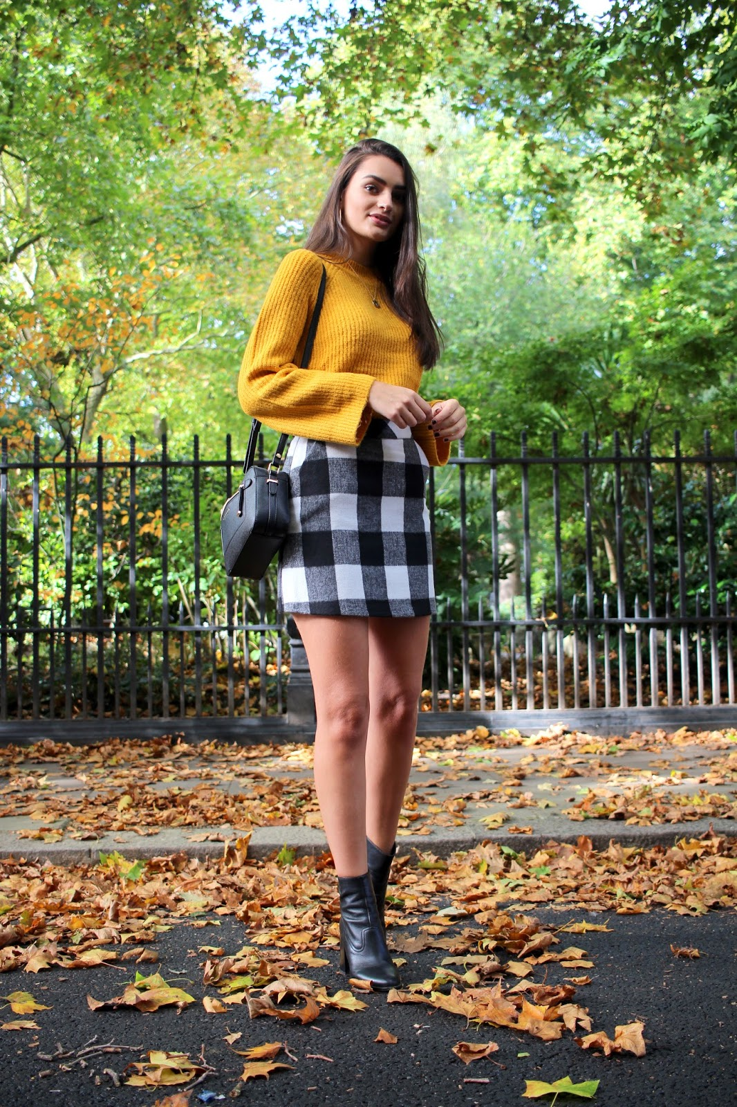 peexo fashion blogger london primark outfit