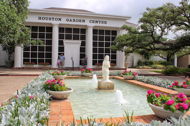 ... Houston Museum Of Natural Science Next To The Houston Garden Center,  But Changed Our Minds When We Saw Tons Of Kids And School Buses.