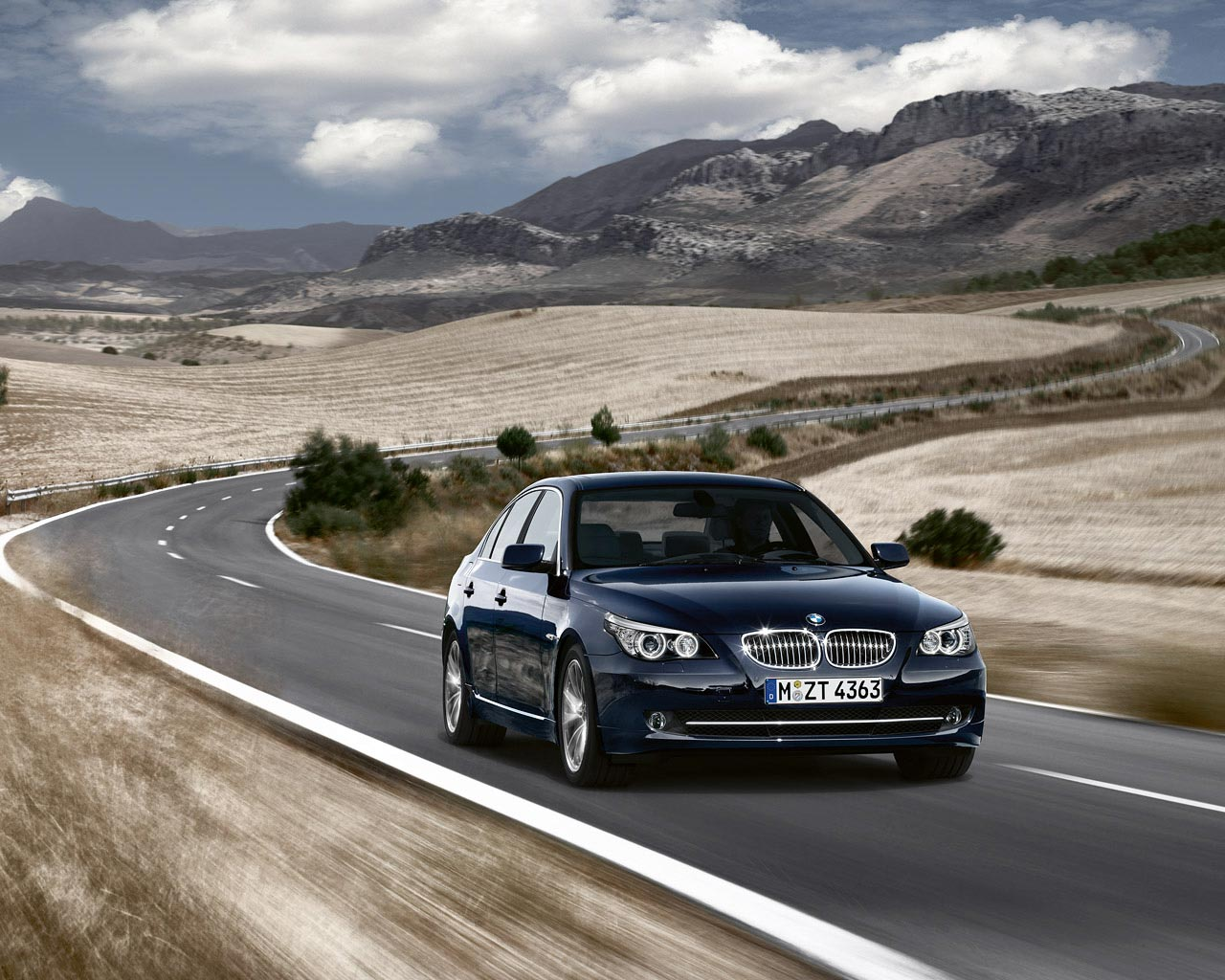 Bmw Car Images Hd Download Bmw Car Wallpaper Wallpapers For Free