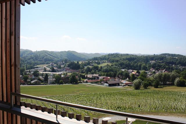 Blick von unserem Hotelbalkon im Loisium Wine & Spa Resort Südsteiermark © Copyright Monika Fuchs, TravelWorldOnline
