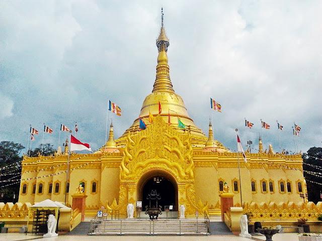 Vihara Pagoda Lumbini - Paket Open Trip 4H3M Medan Samosir 2018-2019 - Salika Tour Malang