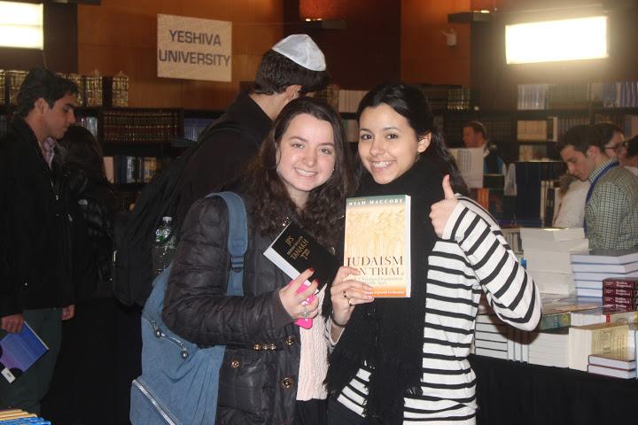 My Flatbush Life: Visit to Yeshiva University & Sefarim Sale