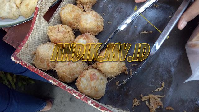 foto, pedagang gorengan, pasar, pasar tradisional, foto pasar tradisional, foto pedagang,