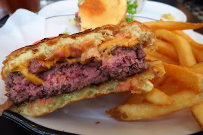 Black Tap, all american burger