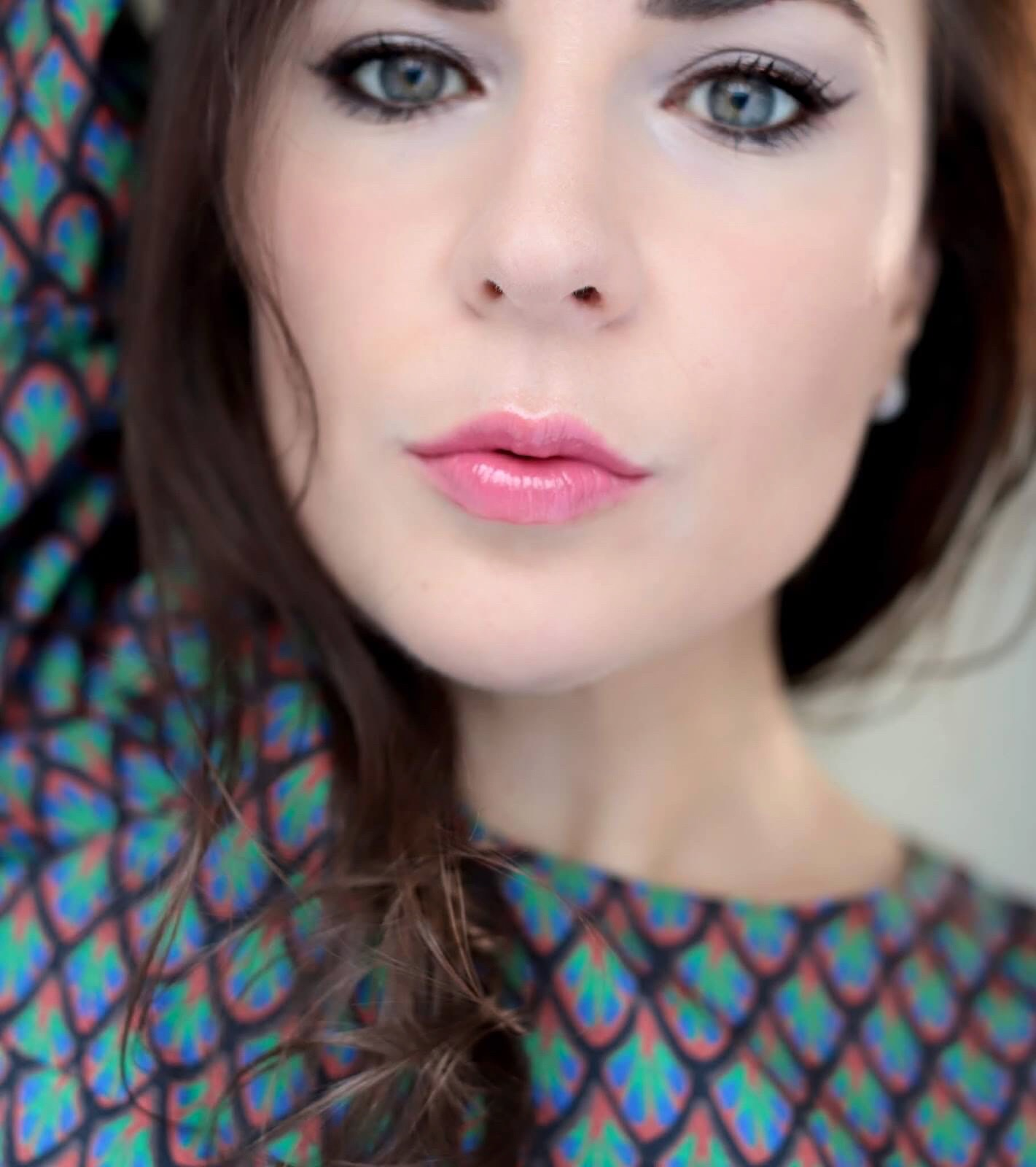Chantecaille Lip Chic Coral Bell avis