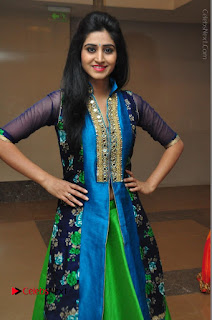 Actress Model Shamili Sounderajan Pos in Desginer Long Dress at Khwaaish Designer Exhibition Curtain Raiser  0026.JPG