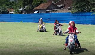 Wahana Moto Trail dan ATV Taman Nggawan Bojonegoro