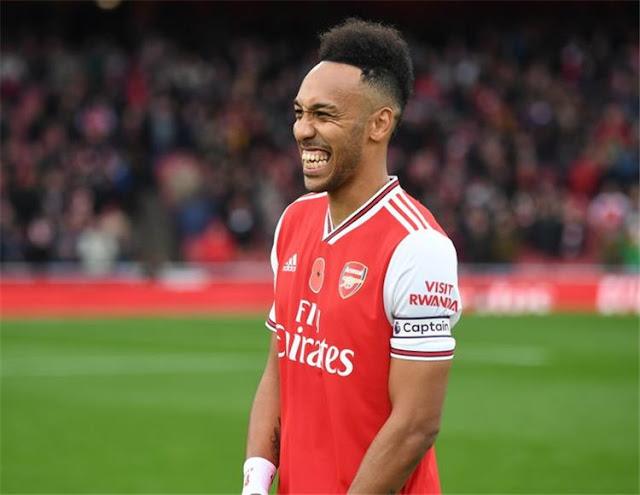 ليفربول يصارع خصومه على هداف الدوري الإنجليزي