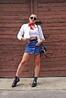 https://www.karyn.pl/2019/09/jeansowa-spodnica-biaa-kurtka-i.html