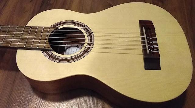 Guitarra de viaje Antonio Carvahlo APC TR100 NY