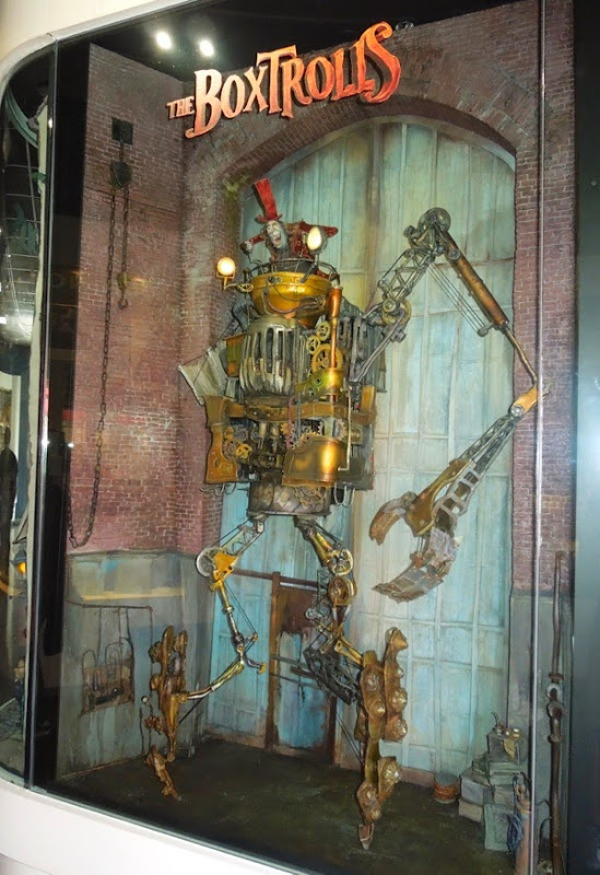 Archibald Snatcher stop-motion robot The Boxtrolls