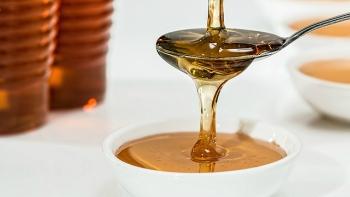 Memutihkan kulit wajah dengan madu