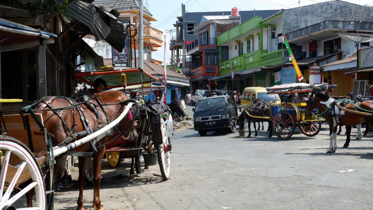 Suara Pro Kontra Penutupan Jalan Pada Saat Pembangunan Pasar Induk Wonosobo