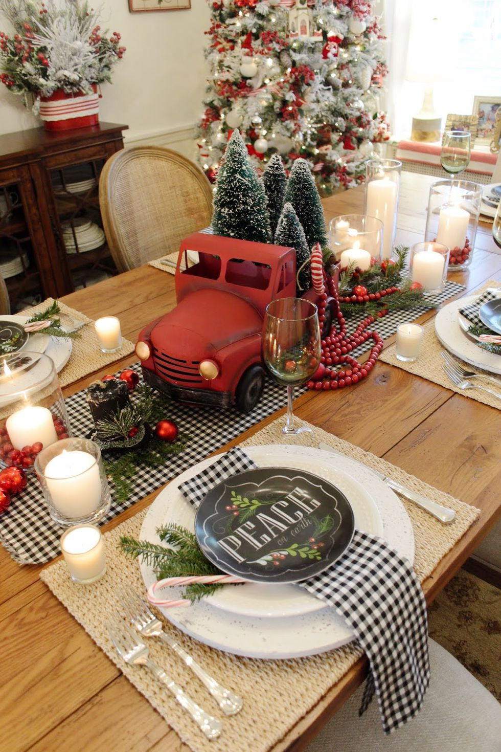 Featured In Country Living Magazine Article ~ 35+ Beautiful Christmas Table Settings & Centerpieces