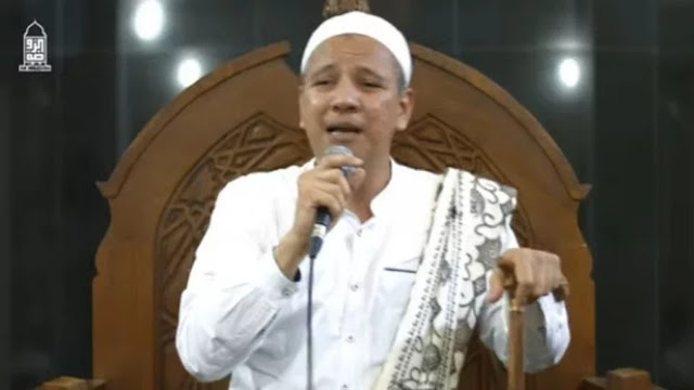 Habib Novel 'Ceraikan' Instagram, Gara-gara Habib Rizieq dan Mbah Moen