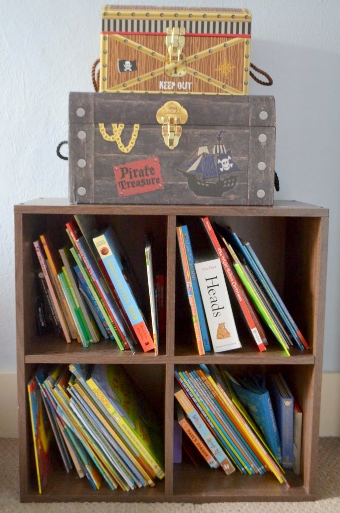 pirate room, bookshelf, pirate treasure chests, pirate themed storage