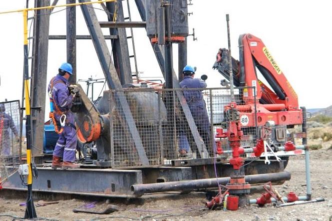 Economía prepara la segunda etapa de Mendoza Activa Hidrocarburos con $3 mil millones en inversiones