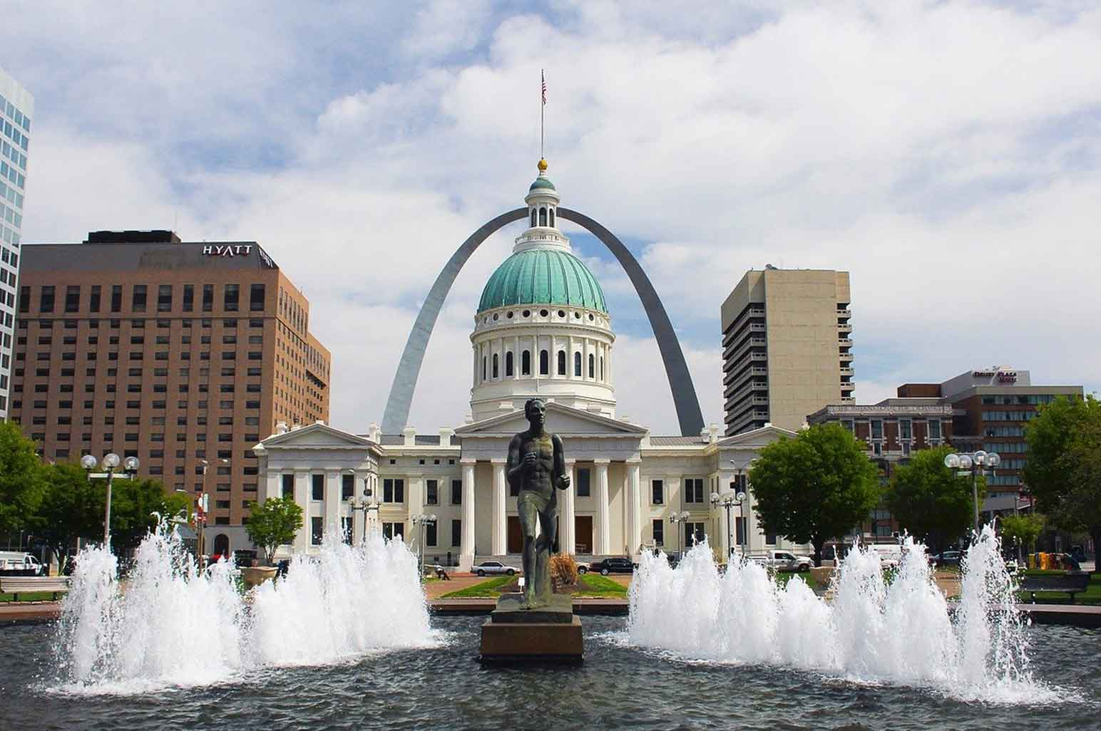 The Nine Most Underrated US Cities to Visit with Family - St. Louis