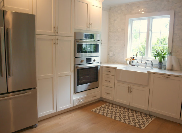 LG Viatera quartz Minuet countertop white kitchen farmhouse  Choosing the Perfect Quartz Color for Countertops   Hello Lovely. Quartz Countertops For White Cabinets. Home Design Ideas