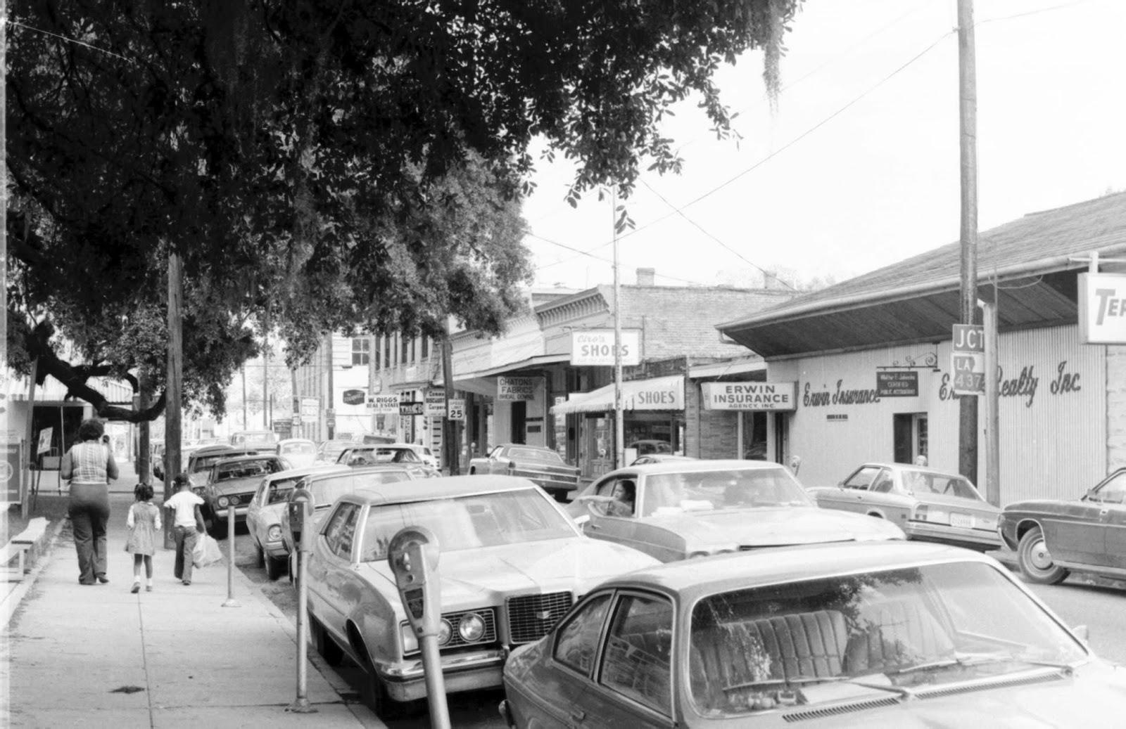 Old Ben Franklin Motors >> Tammany Family: Covington Street Photos - 1970's