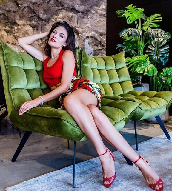 Elena Ralph Photos