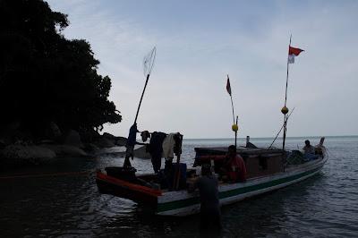 Kapal Nelayan Indonesia bersandar di tanjung Datu