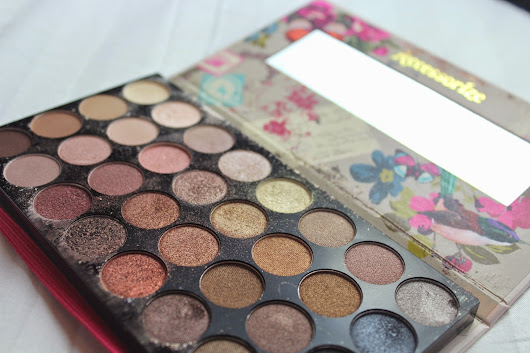 ACCESSORIZE EXPOSED PALETTE