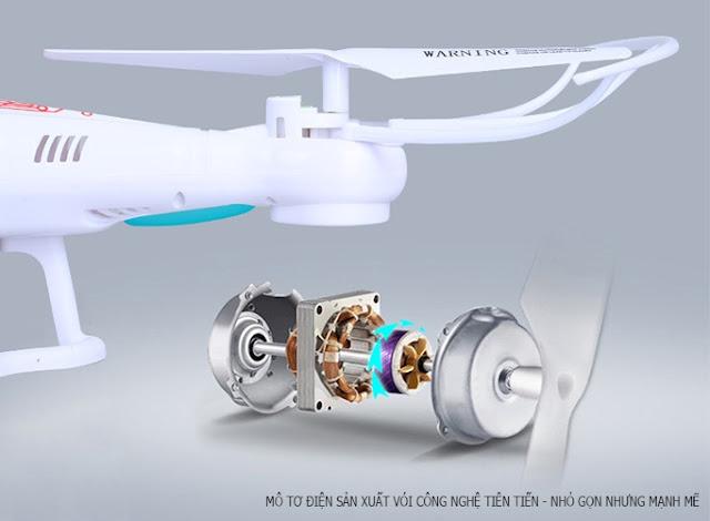 Máy bay Flycam