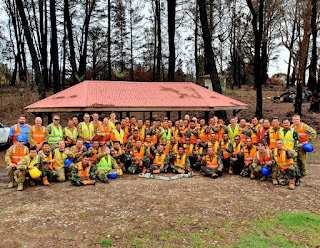 Tertutup Total Akibat Kebakaran, Satgas TNI _Bush Fire Assist_ Buka Akses Kereta di Australia