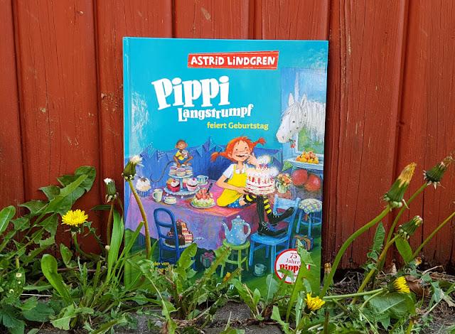 Pippi feiert Geburtstag: 75 Jahre Pippi Langstrumpf. Die ganze Welt feiert das Jubiläum von Astrid Lindgrens berühmtester Kinderbuch-Figur und wir feiern mit! Auf Küstenkidsunterwegs stelle ich Euch neue Bücher, Ausgaben, Produkte und Spielideen vor.