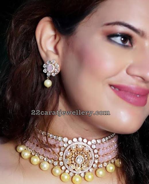 Geetha Madhuri in Pink Beads Choker