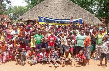 Evento cultural no orfanato em Gaborone, Botswana