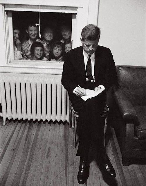 John F Kennedy ve Çocuklar